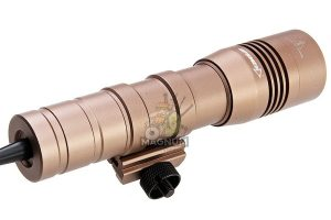 OPSMEN FAST 502R Weapon Light for Picatinny Rail (800 Lumen) - Coyote Tan