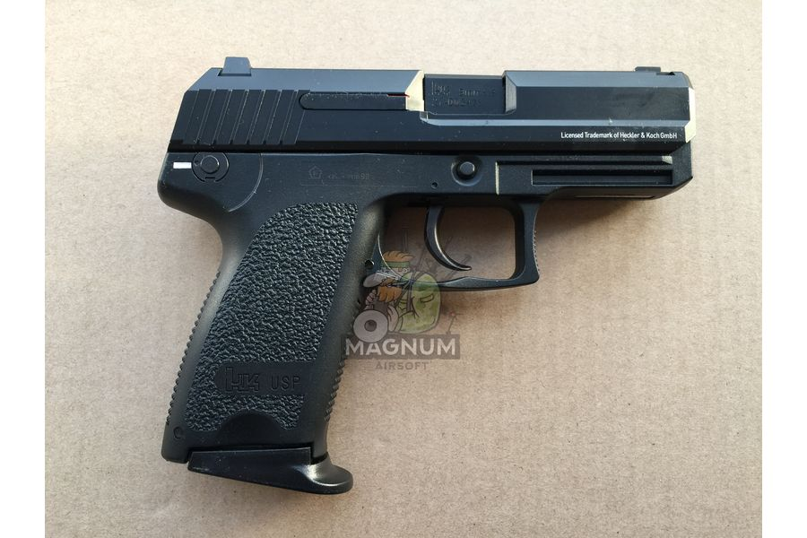 IMG 4030 27 03 20 05 52 - Umarex H&K USP Compact GBB Pistol (Black/ Licensed) (by KWA)