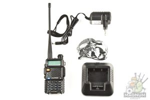Radiostantsiya Baofeng UV 5R UV 5R radio 3 300x200 - Рация Baofeng UV-5R 8W