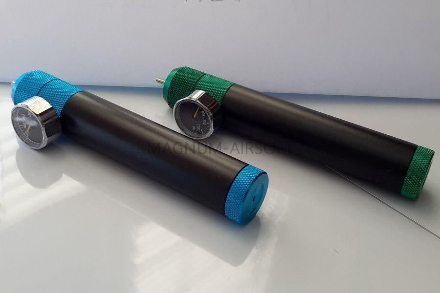 CMuQIsiF3X8 900x600 - Адаптер для зарядки магазинов GREEN gas из 12гр СО2 баллончиков с манометром ZCAIRSOFT LD-12