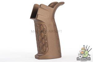 G&P MOTS Grip (CNC) for Tokyo Marui & G&P M4 / M16 Series - Sand