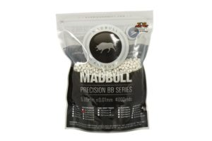 Шарики Mad Bull 0,25 белые (4000 шт., пакет)