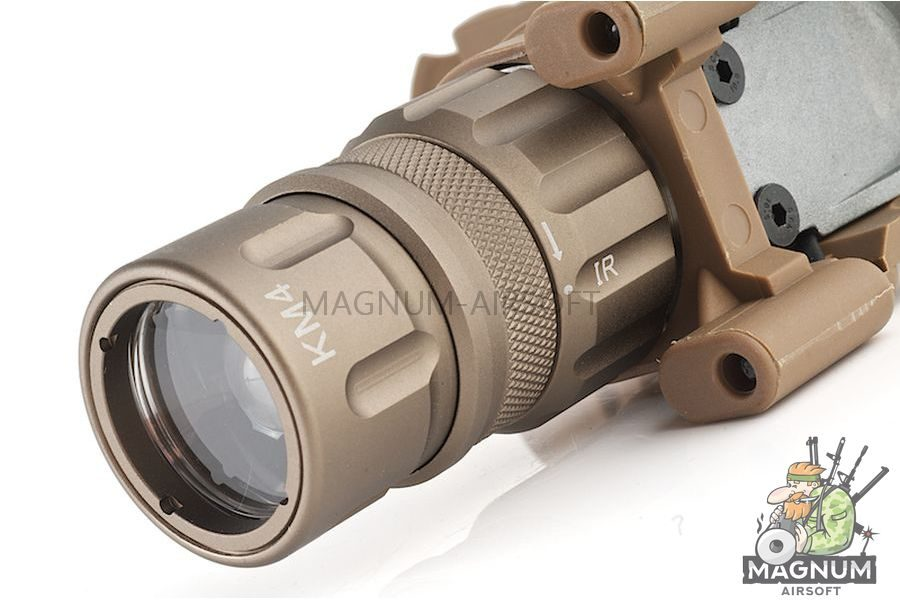 Night Evolution M900V Vertical Fore Grip Weapon Light - DE