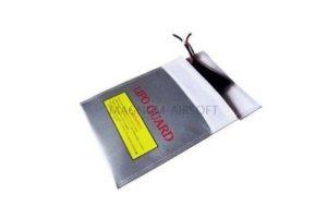 ПАКЕТ ДЛЯ ХРАНЕНИЯ LiPo АКБ термостойкий IP-020 (18x22)