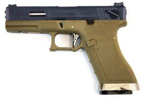 Пистолет WE GLOCK-17 G-Force металл слайд, TAN рамка, черный слайд, хромированный ствол WE-G001WET-2